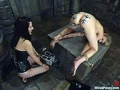 How many things can you use to torture a girl? Well, apparently a lot! Check how this submissive chick gets all toyed in this BDSM vid.