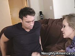 Dyanna Lauren with juicy hooters has some time to get some pleasure with hard dicked guy Rocco Reed