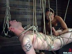 Annie Cruz is going to use several ropes for some extreme bondage in this femdom video that also sees her strapon fucking his ass.