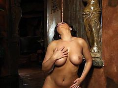Impressive Aria Giovanni amazes with her nude forms in staggering solo action