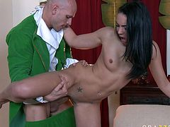 Sizzling dark head babe Tiffany Tyler is screwed bad doggy style