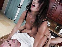 Franceska Jaimes with huge hooters fucks like a first rate hoe in steamy sex action with Johnny Sins