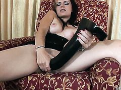 Alexis Blaze gets turned on then slam fucked by dudes sturdy snake