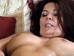Kasey Chase gets her muff eaten to orgasm by Magdalene St. Michaels in lesbian action