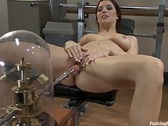 This kinky and amazing siren Jayden Cole gets naked and uses that fucking machine deep in her wet cave! Damn, honey loves it so bad!