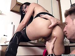 Stacey Foxxx gets turned on then hammered by Levi Cash