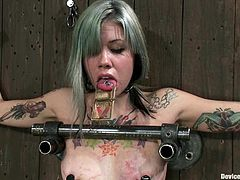 This is what is called a wall bondage! So Krysta Kaos gets nailed on the wall and she is so numb that she can't even breeze normally!