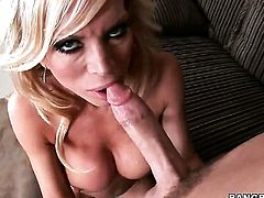 Amber Lynn takes a dream shower in cumshot action