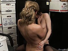 Aiden Ashley gets her wet hole attacked by Autum Moons tongue