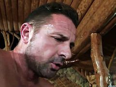Klarisa Leone moves her mouth the right way to help David Perry reach orgasm after back yard fucking
