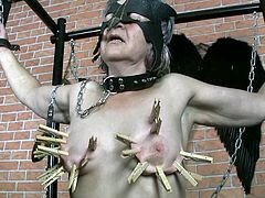 Kinky granny Blanca is able to bare extreme pain because this is the only way she reaches orgasmic climax. So she enjoy filming in hardcore BDSM porn video produced by Old Nanny. Black is crucified and pinned with clothes-pegs.