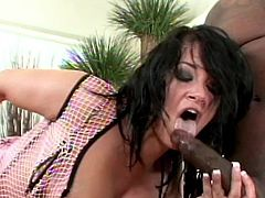 Big black cock strokes deep in her juicy ass hole during top anal porn show