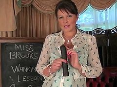 If you love soft voluptuous tits and juicy round asses, then Elle Brook is your gal! This MILF has so much to offer when she spreads open her pink creamy twat.