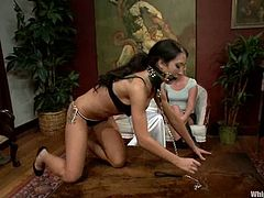 Bound Amy Brooke gets her tits tortured with claws and weights. Then she gets toyed in her pussy and ass with two strap-ons at the same time.