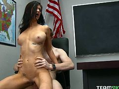 Magnificent college whore gets screwed by her nerdy coed