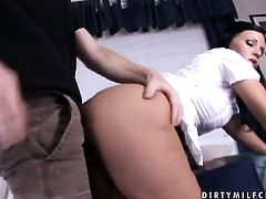 Mature Kendra Secrets gets her throat fucked literally to death by hot man