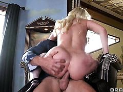 Johnny Sins gets pleasure from fucking mouth-watering Britney Ambers mouth before booty fucking