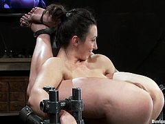 Wenona, Jessie Cox, and Isis Love are having some good time in a basement. Jessie Cox shows off her shaved cunt and lets Wenona and Isis fuck it with a strapon.