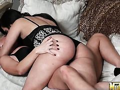 Blonde Molly Cavalli and Valerie Kay both have fierce appetite for lesbian sex