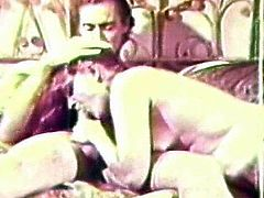 Sensual hottie gives deep and warm blowjob during top vintage porn show