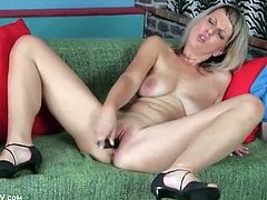 Big naturals babe Luci Angel fucks toy