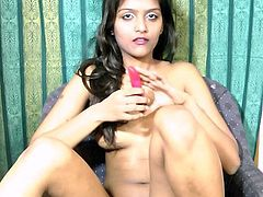 Sexy chick feels great by gently stroking her tight pussy in sexy solo show