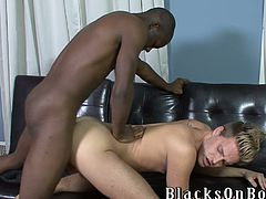 Interracial gay sex porn video is on your attention! Two dudes are going to share they sexual dreams with each other.