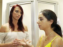 Nicki Hunter shares her blowjob experience with Trinity St. Clair. Redhead MILF sucks a dick to show how to do it properly. Then Trinity also gives a blowjob to lucky guy.