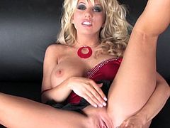 Big boobs Heather Summers slams hard into her shaved cunt with a big toy