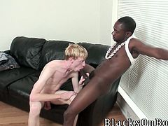 Here is this steaming hot gay sex to watch! Your gay fantasies will be broadened after you watch this amazing gay sex!