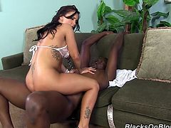 A fuckin' cunt takes on a big-ass fuckin' black cock and gets fucked hard in this amazing interracial sex scene, check it out!