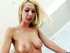 Sammie Rhodes is on the way to orgasm with Chastity Lynns fingers in her vagina
