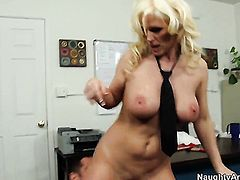 Asian Kaylee Brookshire is good on her way to make hard dicked guy Johnny Castle bust a nut