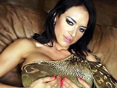 Beautiful Franceska Jaimes loves to pose when masturbating with this big toy