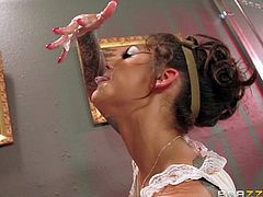 Bonnie Rotten is a horny as hell lady doctor that loves experiments with sexuality. Brick Dangers hard dick is what gives her full satisfaction and makes her squirt. Watch passionate tattooed slut Bonnie Rotten get fucked silly.