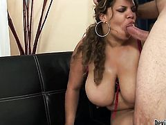 Cute sexy sweetie finds her lovely face covered in sticky nectar in sexual ecstasy