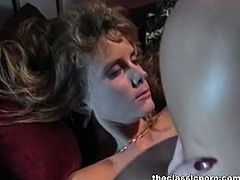 The Classic Porn brings you a spectacular free porn video where you can see how the legendary Peter North bangs a gorgeous vintage blonde temptress into heaven.