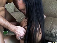 Keiran Lee gets pleasure from fucking Attractive sweetie Bethany Benz with juicy jugs