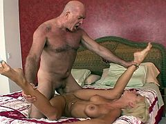 Young beauty enjoys her step dad to damage her puffy little cunt in hardcore