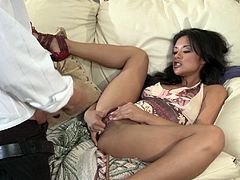 She is a diva and this dude is so lucky to own her sweet pussy! Honey gives a divine blowjob to him and then he makes her feel so stunning.