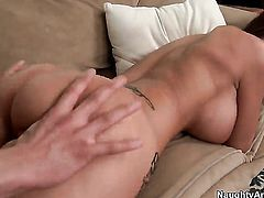 Xander Corvus shows nice sex tricks to Syren De Mer with the help of his throbbing meat pole