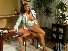 She is a filthy milf and this porn video is from the VHS tapes times. So, babe spreads her legs and he is going to sweat on her!