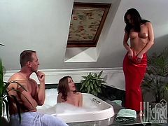 Luna and Pett take a bubble bath together. Some guy decides to join girls. They give him a double blowjob. Babes get fucked in their pussies and asses in close-up scenes.