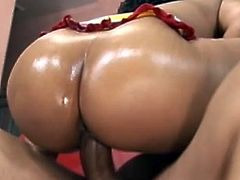 Big ass ebony in one naughty hardcore show that makes her moan hard