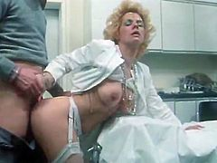 Four eyed kinky doctor eats haired vag of dumpy blond slut