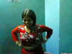 Horny desi feels up and kneads saggy tits of ugly Indian girl