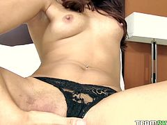 Be pleased with one another seductive brunette babe wearing sexy black panties and masturbating her juicy slit in solo sex video. She is gorgeous and spicy. Just enjoy watching her for free.