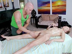 She's a young and horny porn start with a pink pussy and small, cute tits. This bitch may be new in the field but she's as slutty and horny as any other experienced actress. Alyssa had a hard day of work so here she is at her masseur, relaxing a bit. Well, she couldn't help herself this time and fucked with him