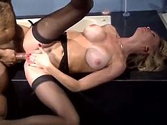 Big breasted bootylicious blond hottie rubs her clit passionately until it got red. Now being on her fourth she is ready to get some severe doggy style ass hole poking. Look at this asshole tickling in The Classic Porn sex clip!