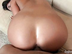 Mr. Pete loves amazing Giselle Leons amazing body and fucks her mouth as hard as possible